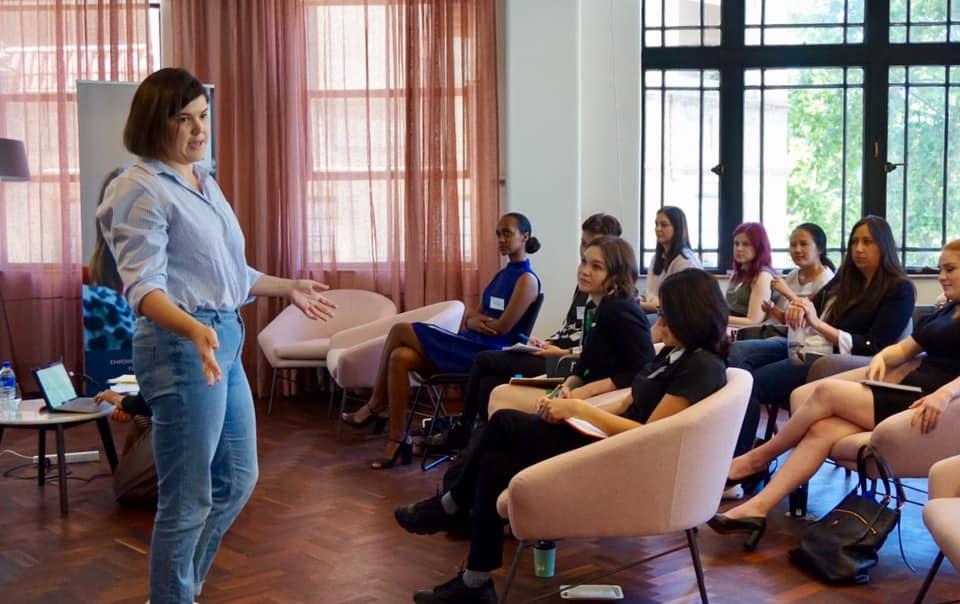 She Runs offers a 'Campaign School' for emerging women leaders across Western Australia.