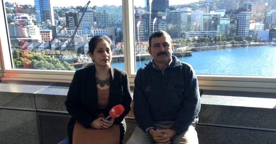 Joginder Singh, with SBS Punjabi's Manpreet K Singh, in Wellington, New Zealand