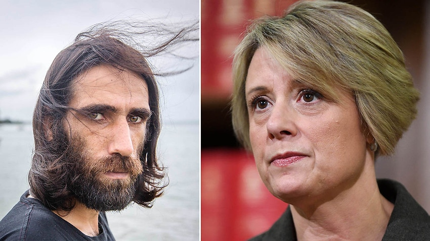 'You exiled me to Manus': Behrouz Boochani lashes Labor's 'shameful' response to NZ arrival