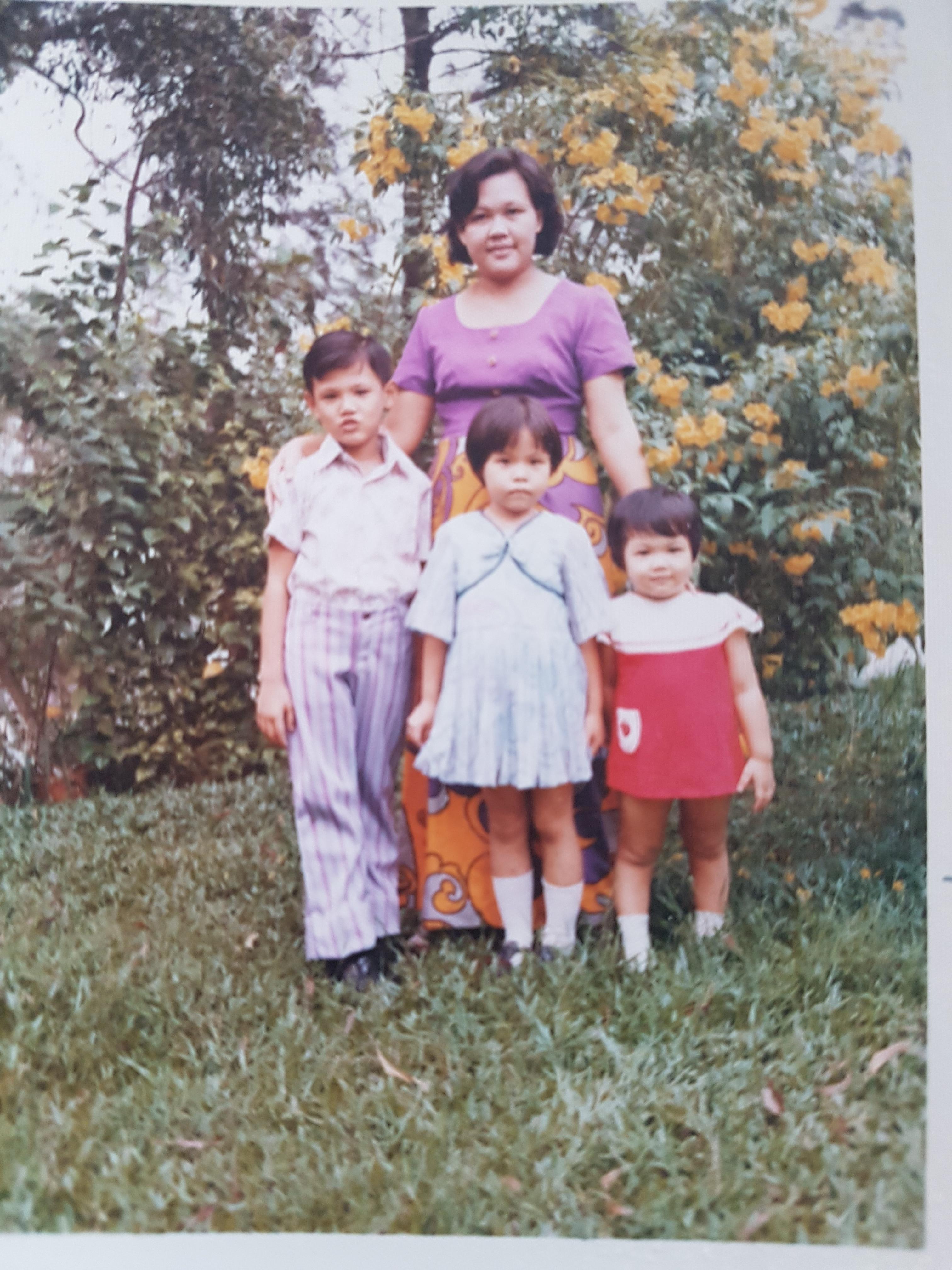Ming was born in Kuala Lumpur Malaysia before migrating to Australia.