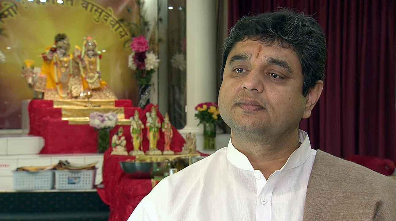 Pandit Jatin Bhatt, the head priest at Sydney's Sri Mandir temple.