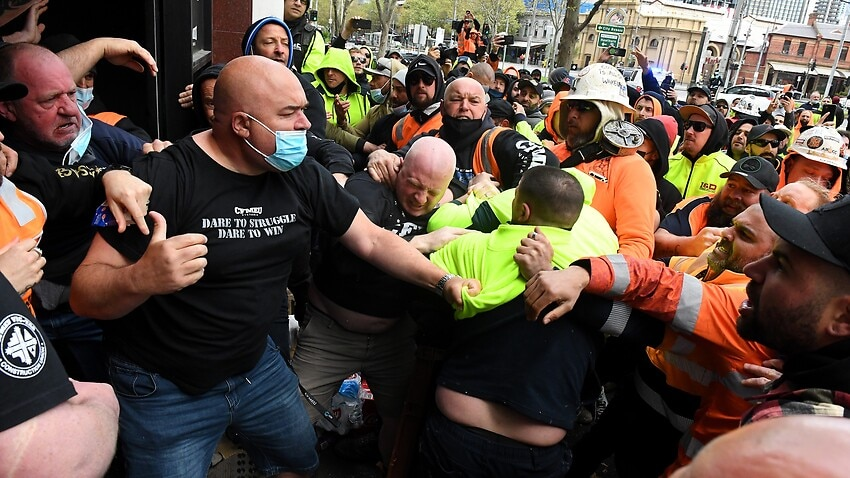 Image for read more article 'More COVID-19 cases linked to CFMEU building following Melbourne anti-vaccine protest'