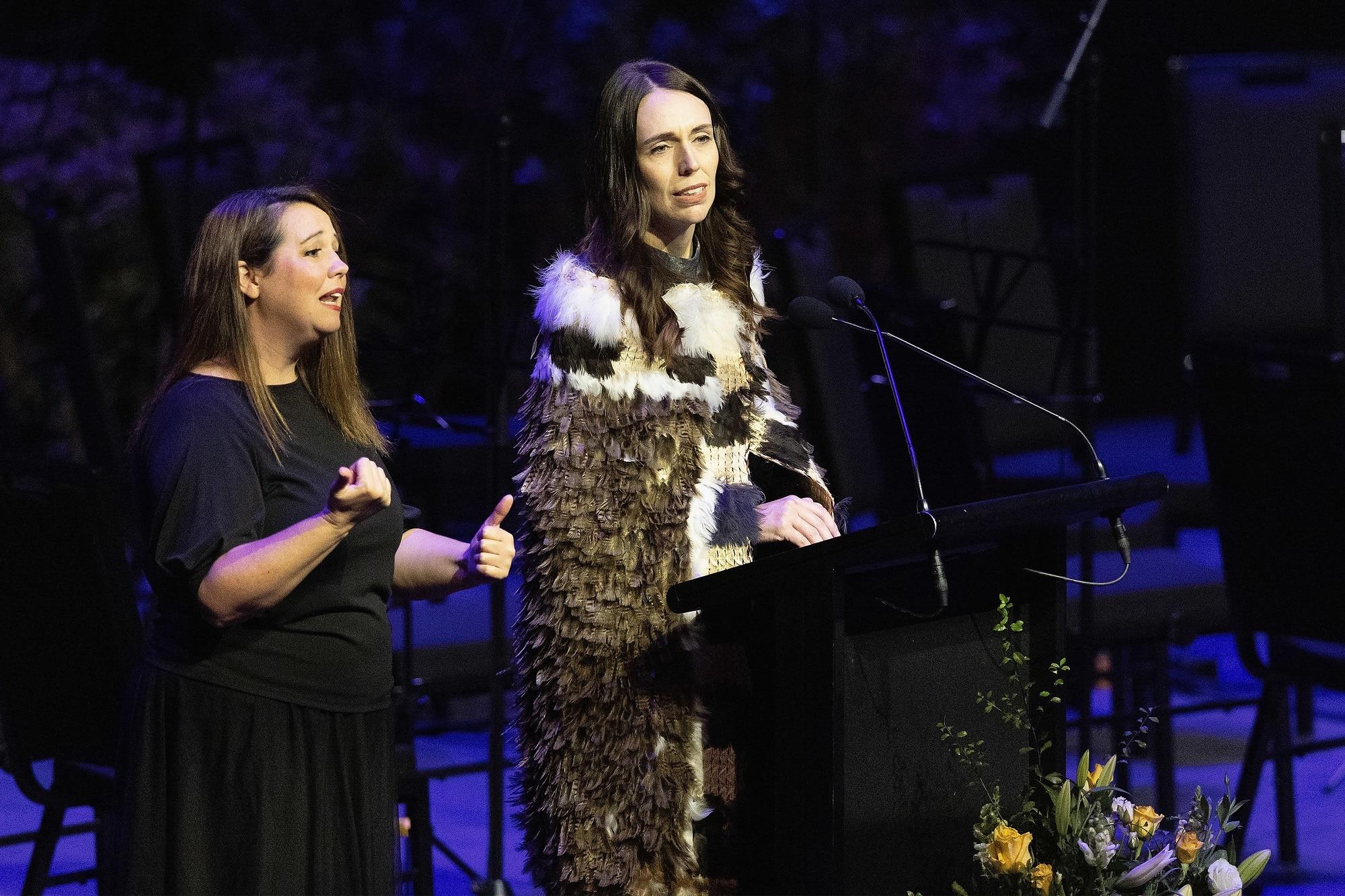 ニュージーランドのジャシンダ・アーダーン首相は、悲劇の2周年を記念して、国家奉仕中に人種差別と闘うことを約束します。