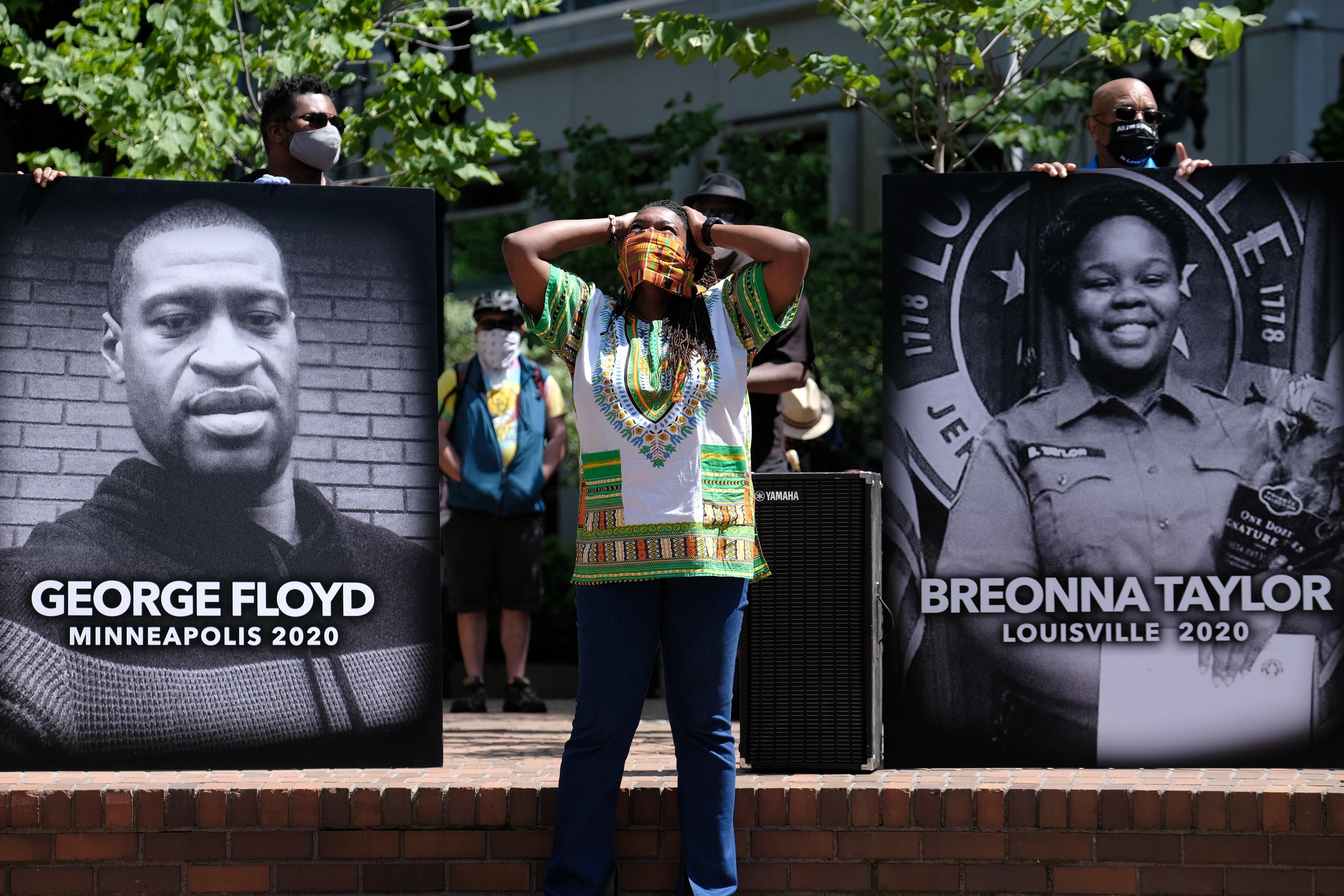 Black Lives Matter抗議、オレゴン米国。