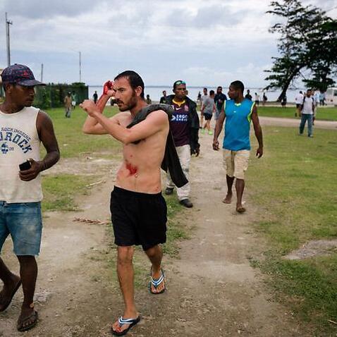 Plan to refile Manus detainees' bid to be sent to Australia