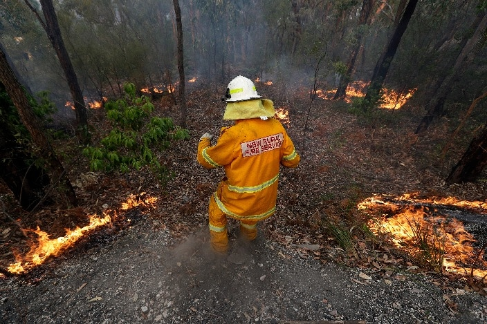Difficult NSW bushfire conditions are set to return over the coming days, with RFS crews staying in the field to battle fires.