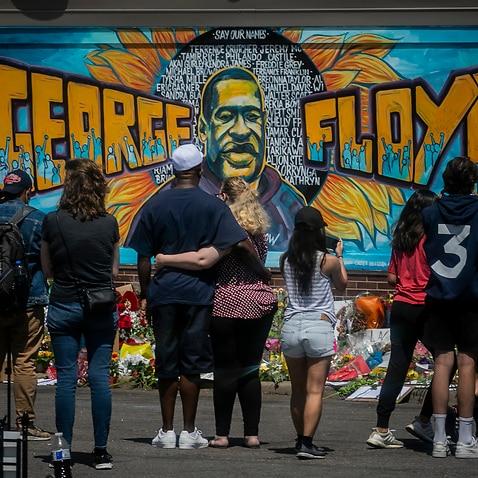 George Floyd muss Gerechtigkeit erhalten, sagte seine Familie vor dem Prozess gegen den weißen Polizisten, der beschuldigt wird, den schwarzen Mann getötet zu haben.