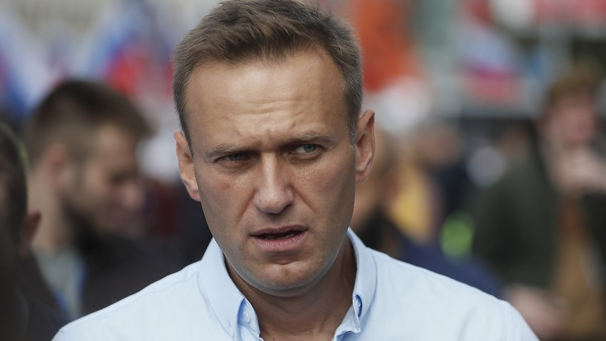 Image for read more article 'Russian opposition leader out of hospital after mystery 'allergy' in prison'