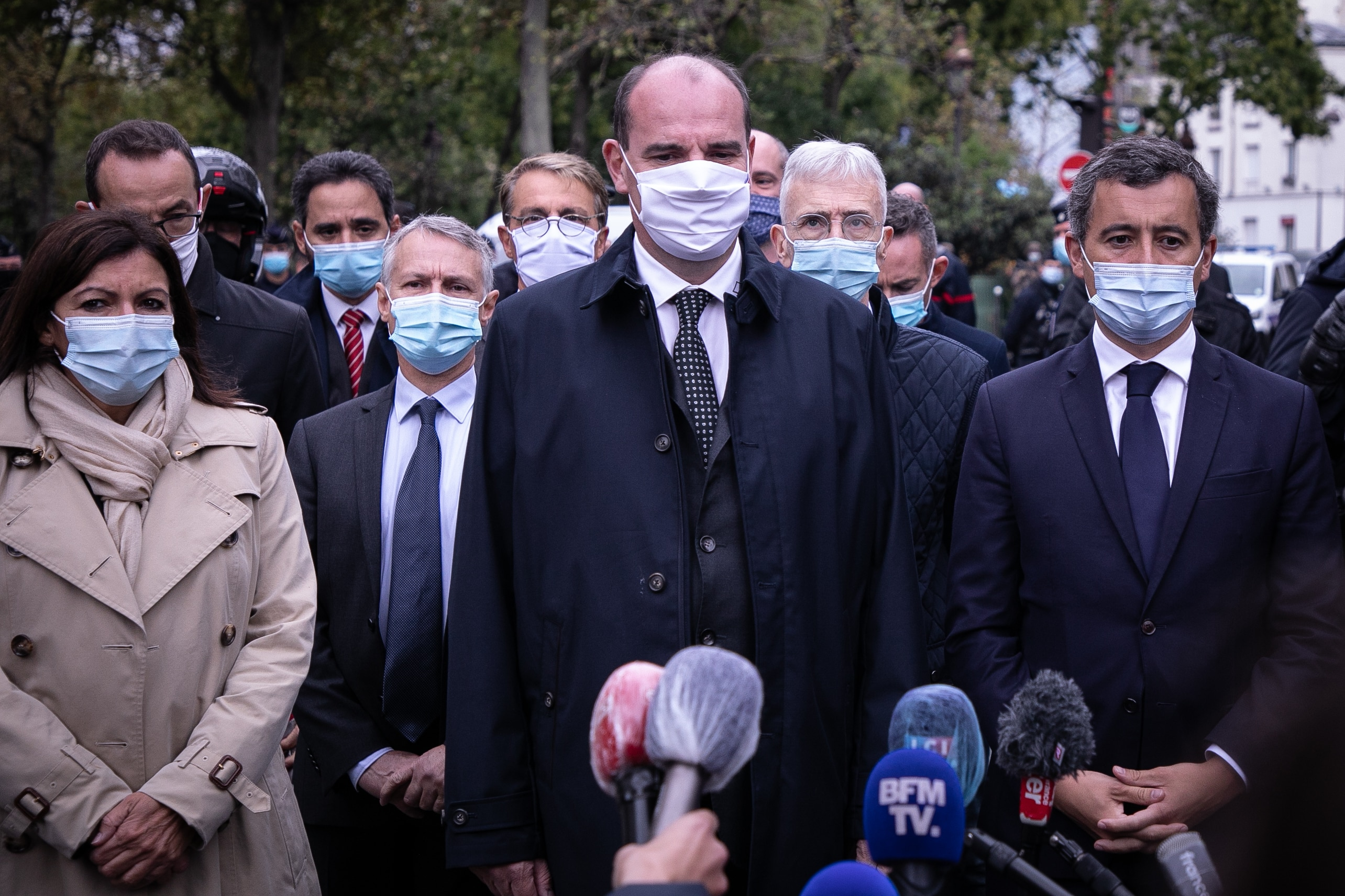The Prime Minister of France, Jean Castex, accompanied by Grald Darmanin, Minister of Interior and Anne Hidalgo, Mayor of Paris, speaks about the attack.
