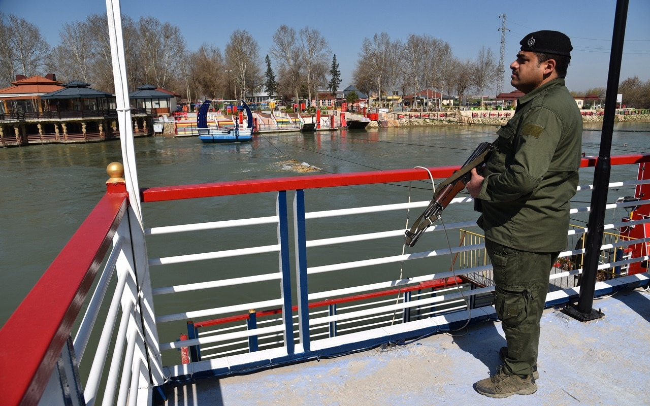 Deadly ferry capsize: Iraqi parliament sacks governor