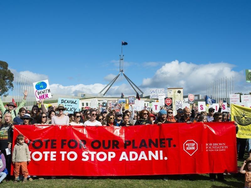 Adani mine: Australia approves controversial coal project