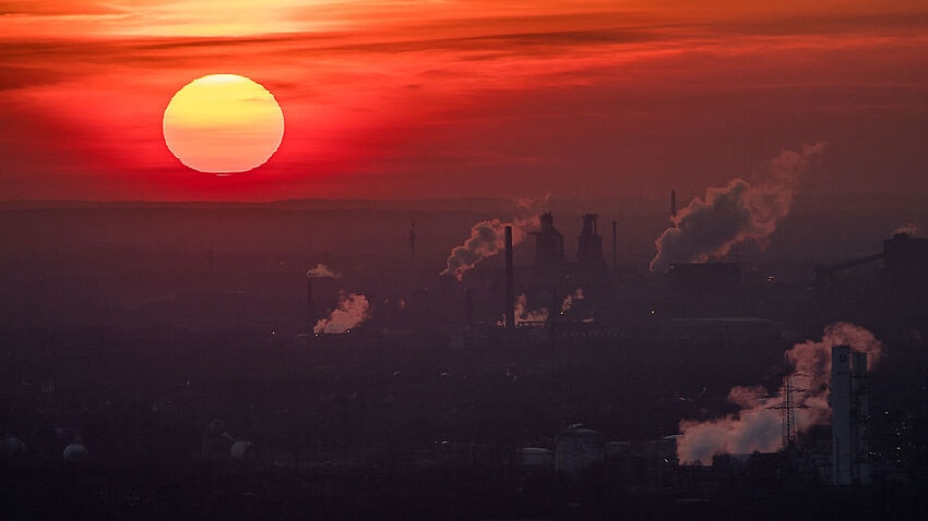 Image for read more article 'World's carbon emissions hit record high - and Australia is part of the problem'