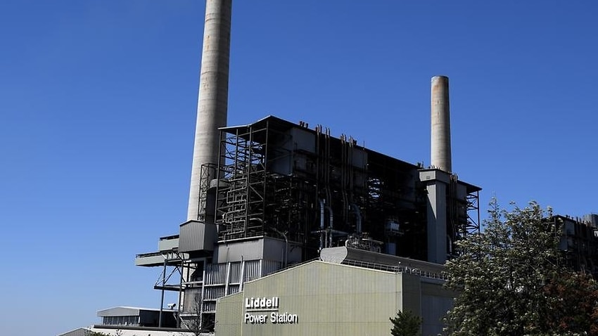 PM ups pressure on AGL to sell Liddell | SBS News