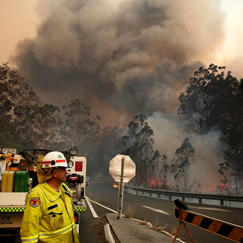 Hot and dry weather conditions could make fires burning in NSW worse