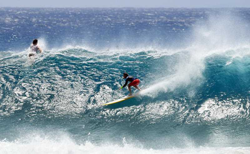 Huge swells and high tides are set to Australian beaches over the coming days.