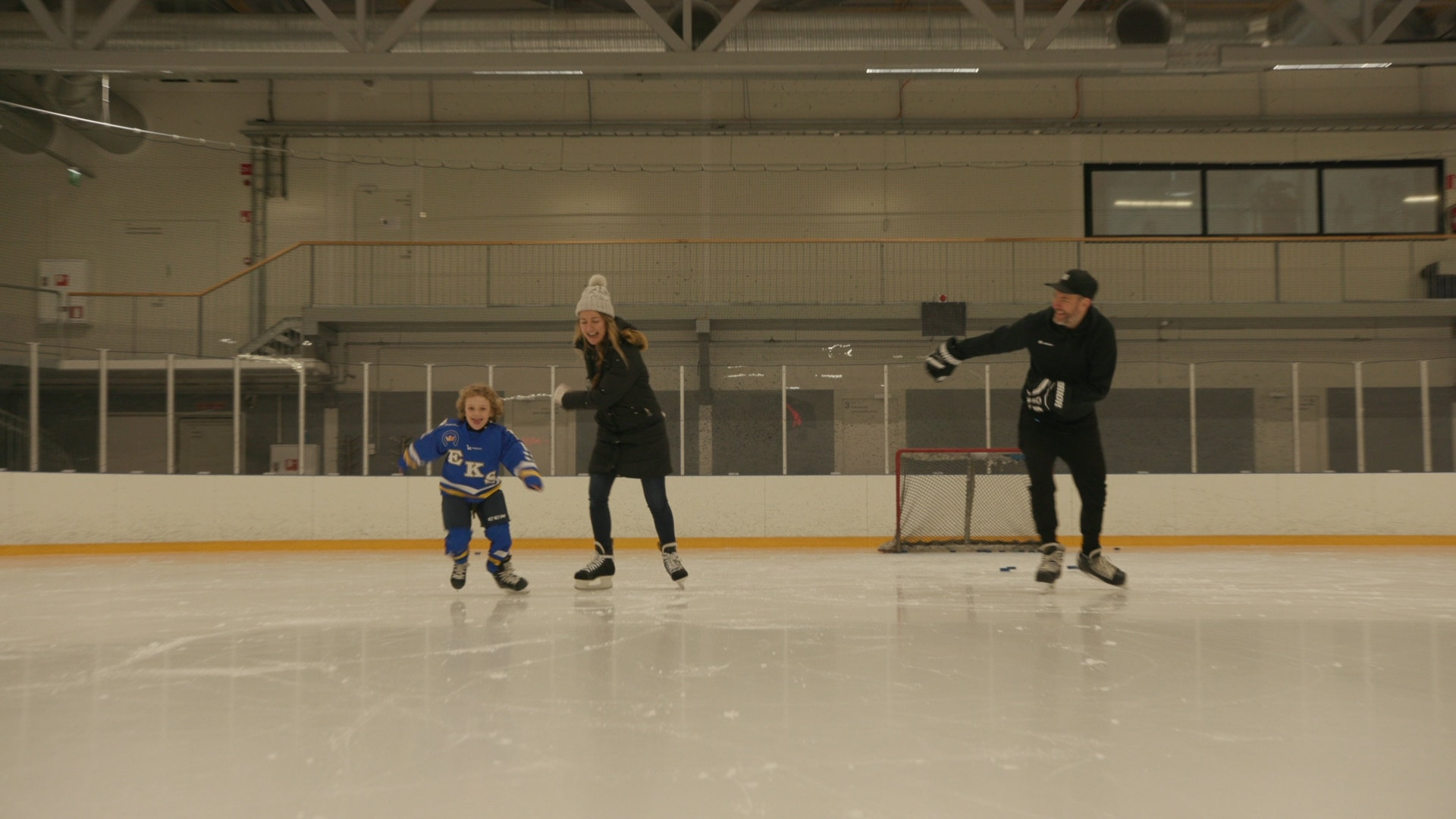 Melissa Georgiou with her husband, Makke, and her son, Milo, have a Finnish hobby - ice skating.