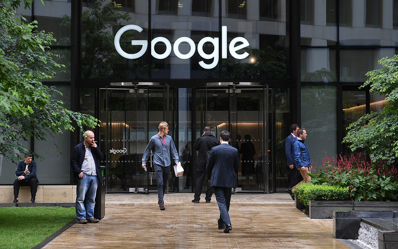 Fired engineer sues Google, alleging bias against conservatives and white men
