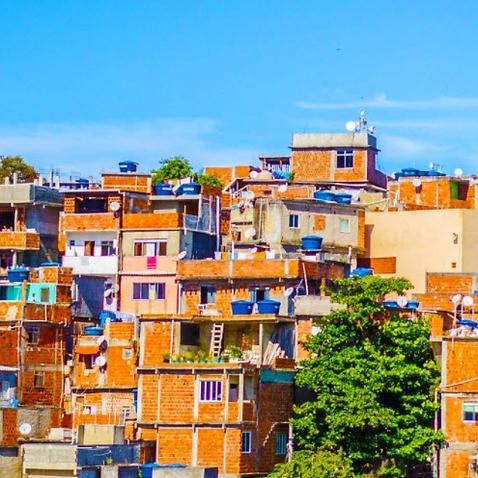 sos favela