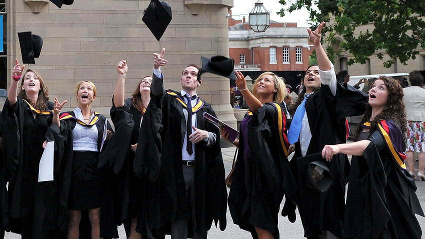 Image for read more article 'Humanities graduates earn more than those who study science and maths'