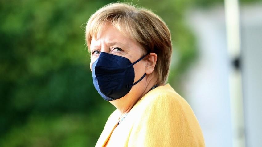 German Chancellor Angela Merkel wearing a facemask.