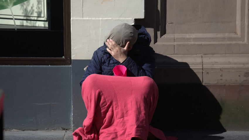 Image for read more article 'One in six Aussie youth faced homelessness'