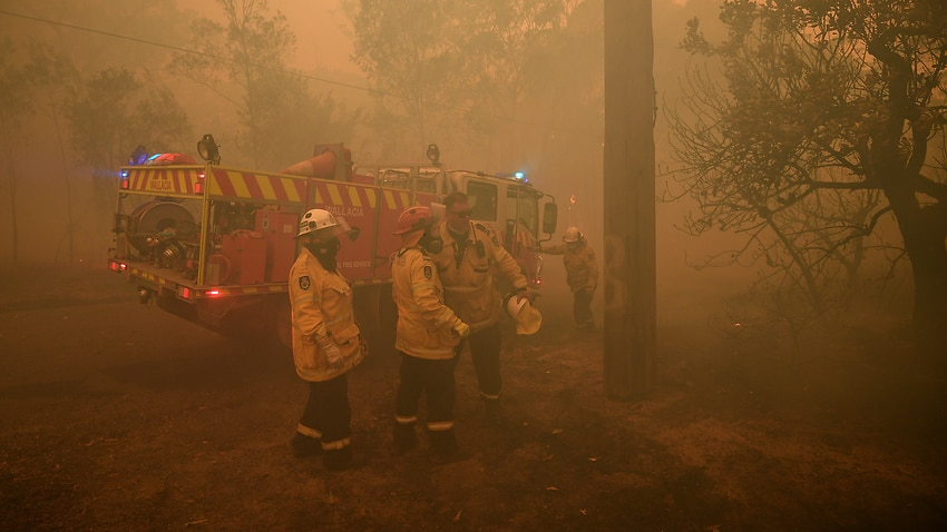 NSW rural firefighters look to capitalise on temporary weather reprieve
