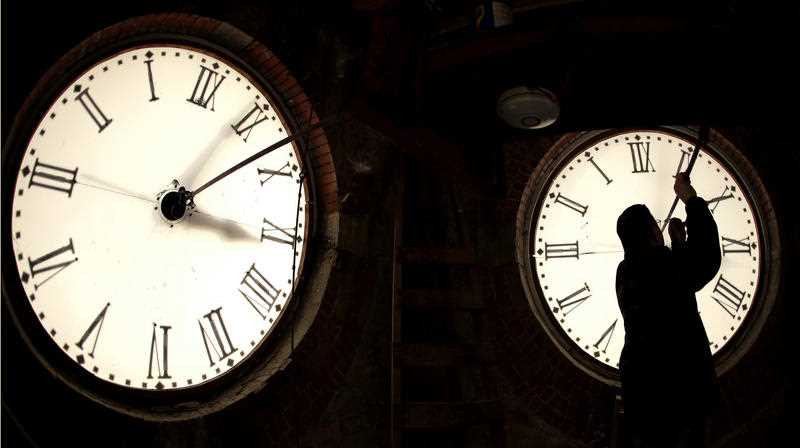 Experts say our bodies don't take too long to adjust to the time change.