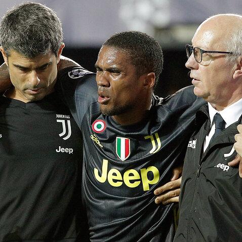 Juventus Douglas Costa UEFA Champions League Valencia