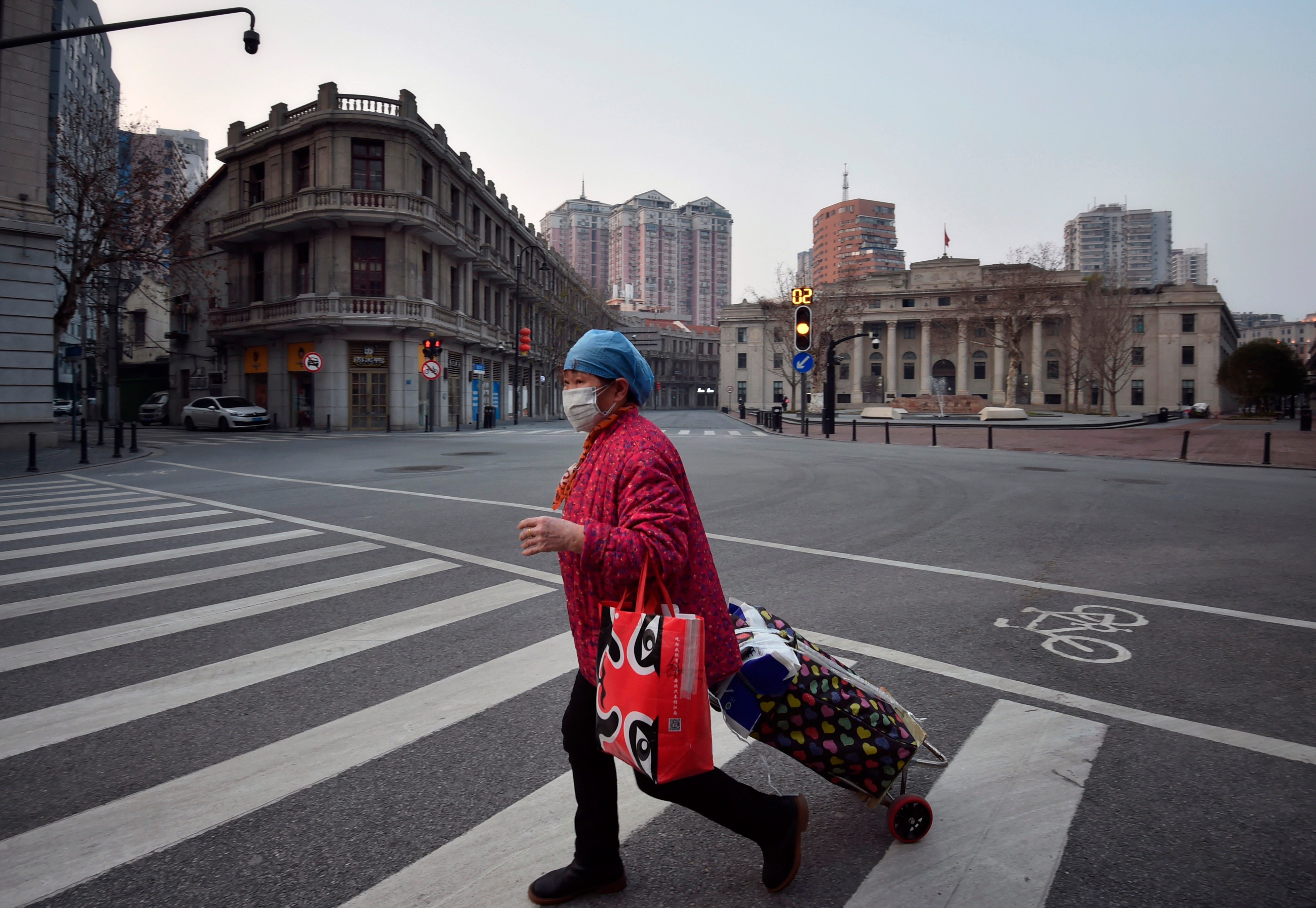 An almost empty intersection in Wuhan.