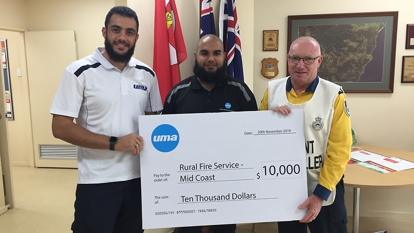 Muslim group donates $10,000 to NSW firefighters as bushfires continue to rage