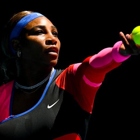 セリーナウィリアムズは、2月12日金曜日に全豪オープンメルボルンで行われたアナスタシアポタポワとの第3ラウンドの女子シングルスの試合中に示されます。