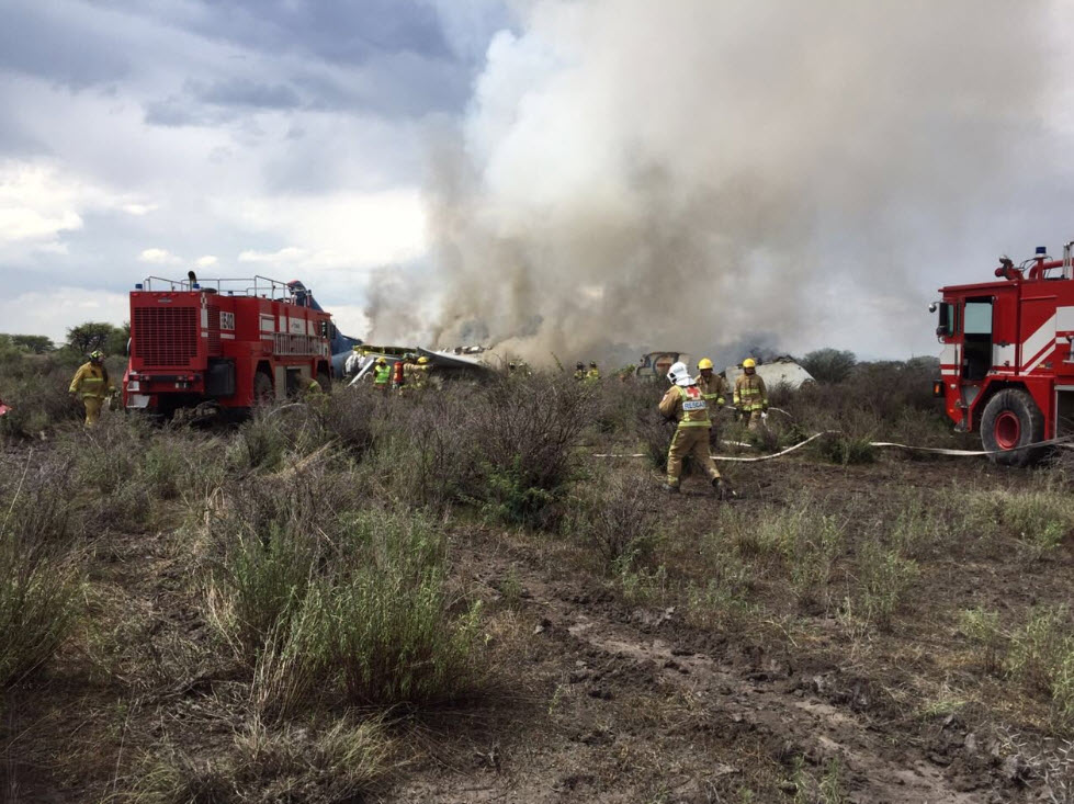 Aeromexico plane carrying 101 people crashes in northern Mexico