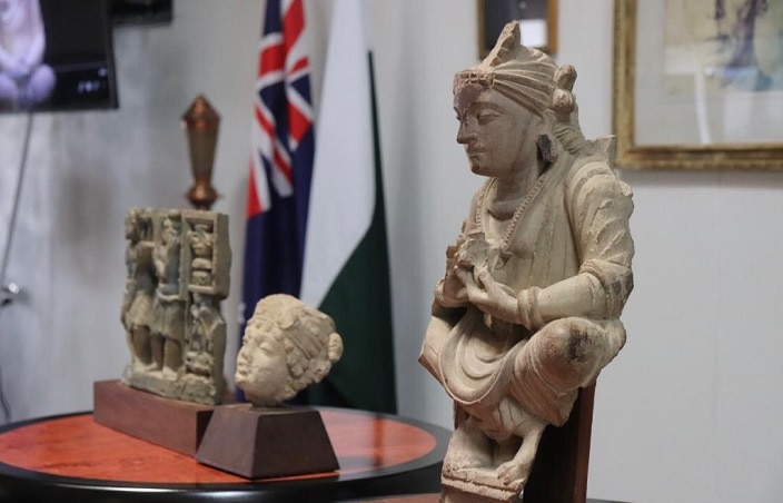 Buddha statue and other artefacts being returned to Pakistan.