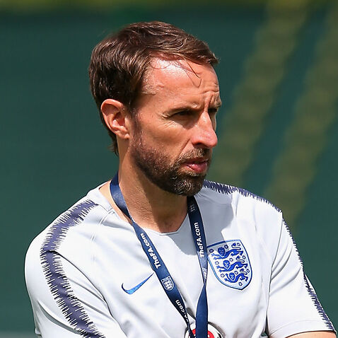 England's Gareth Southgate dislocates shoulder while running