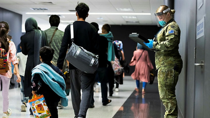 Image for read more article 'More than 100,000 Afghans apply for Australian humanitarian visas'