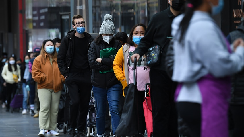 Image for read more article 'Melbourne seeing 'cascading effect of disadvantage' as sixth lockdown bites'