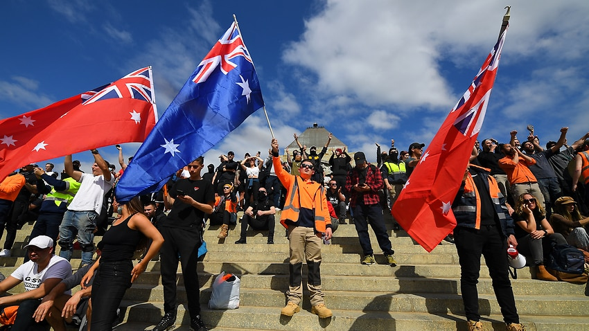 Image for read more article 'Calls for inquiry into the influence of the far-right in Victoria after violent protests'