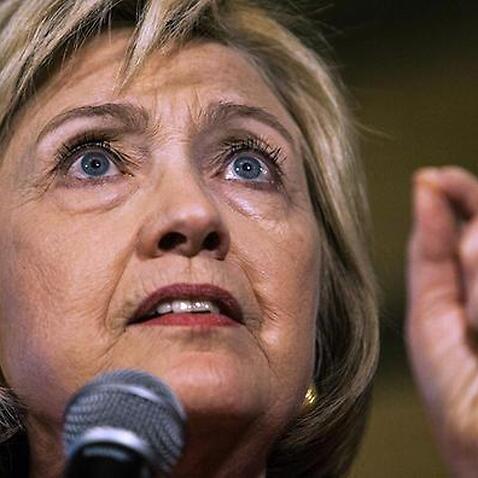 Bà Hillary Clinton ăn mừng việc đủ số phiếu đề cử