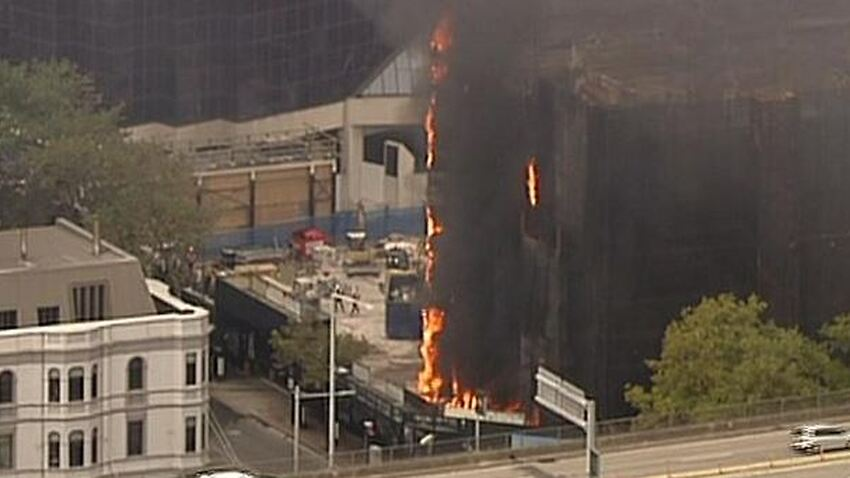 Trains Delayed After Building Fire Near Sydneys Circular Quay Sbs News