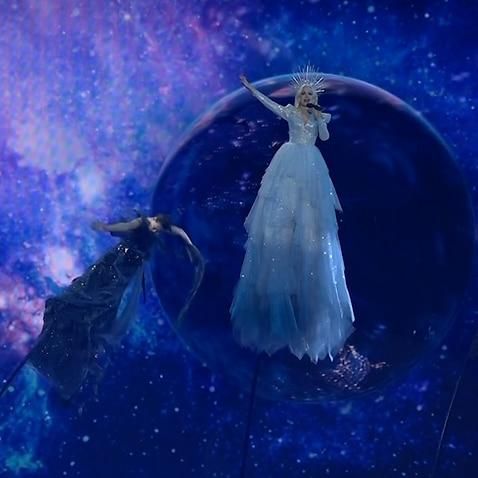 Kate Miller-Heidke singing for eurovision rehersal
