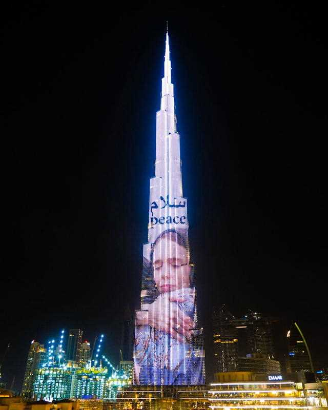 The world's tallest building, the Burj Khalifa in Dubai, lit up with the image of Jacinda Ardern.