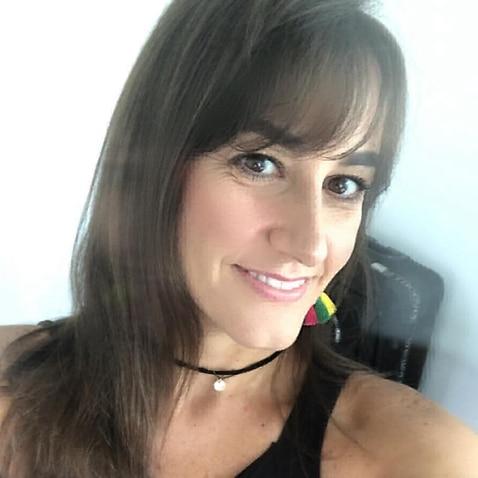 Marcela, 33 anos