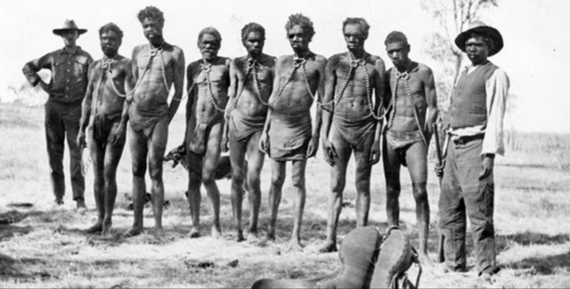 Aboriginal prisoners are brought to Wyndham for spearing cattle, 1930.