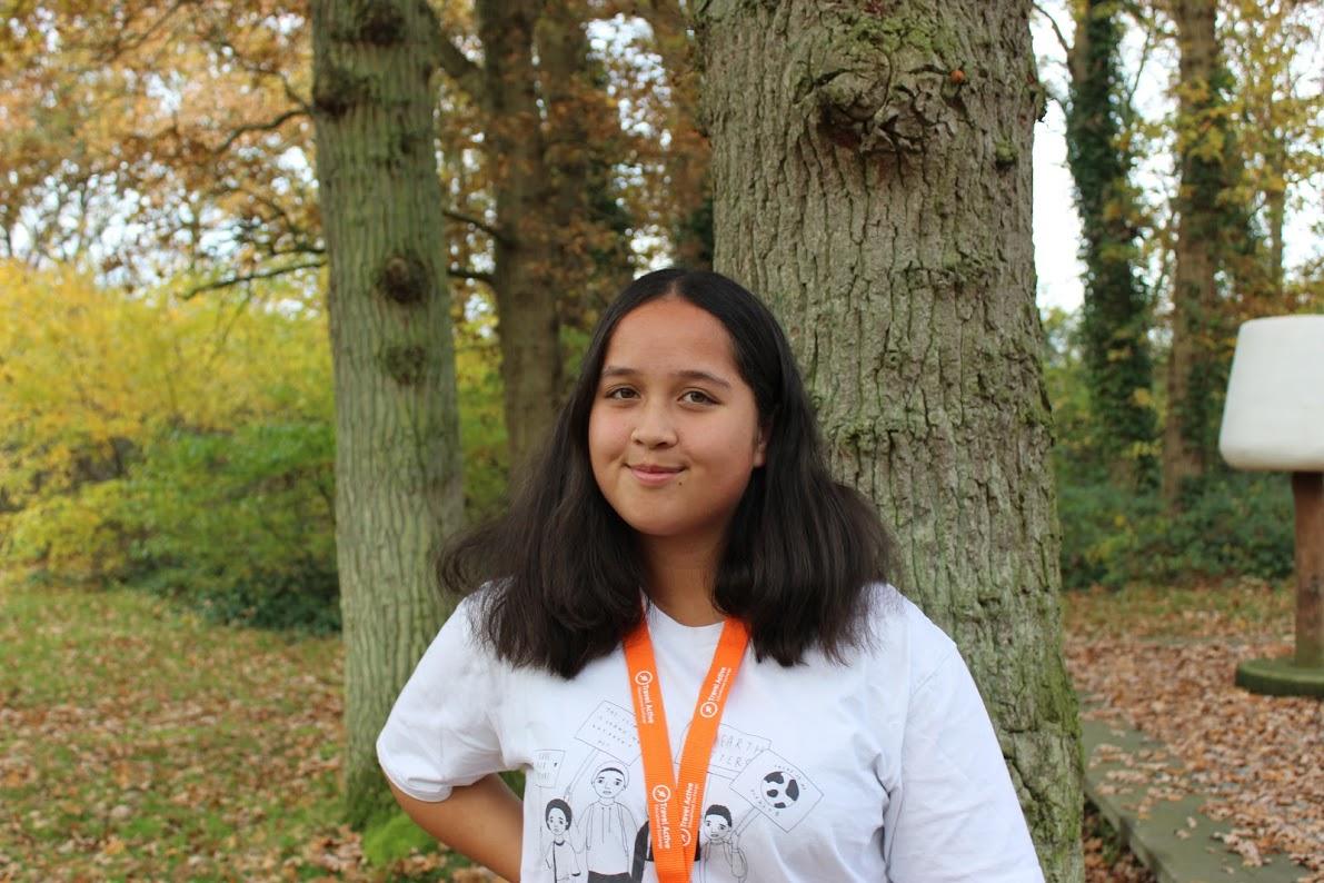 Die 15-jährige Kayla Hill befürchtet ihre vom Klimawandel betroffenen Verwandten in Indonesien.