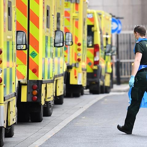 ロンドンのホワイトチャペル病院の救急車。