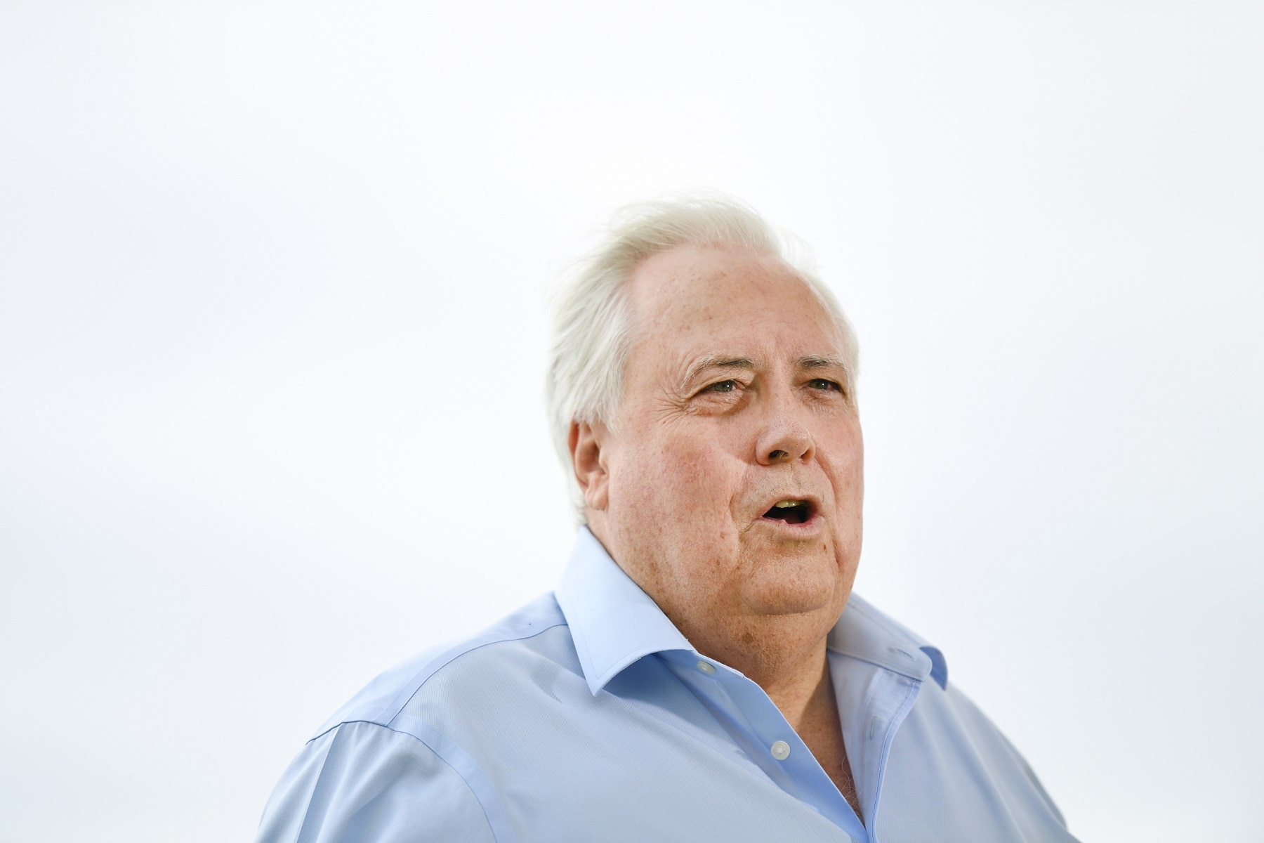 "Clive Palmer says it is a matter of ""national importance that the borders be open""."
