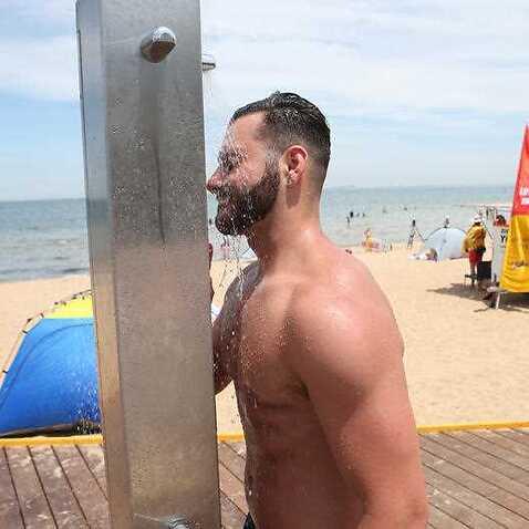 Heatwave conditions continue in Australia