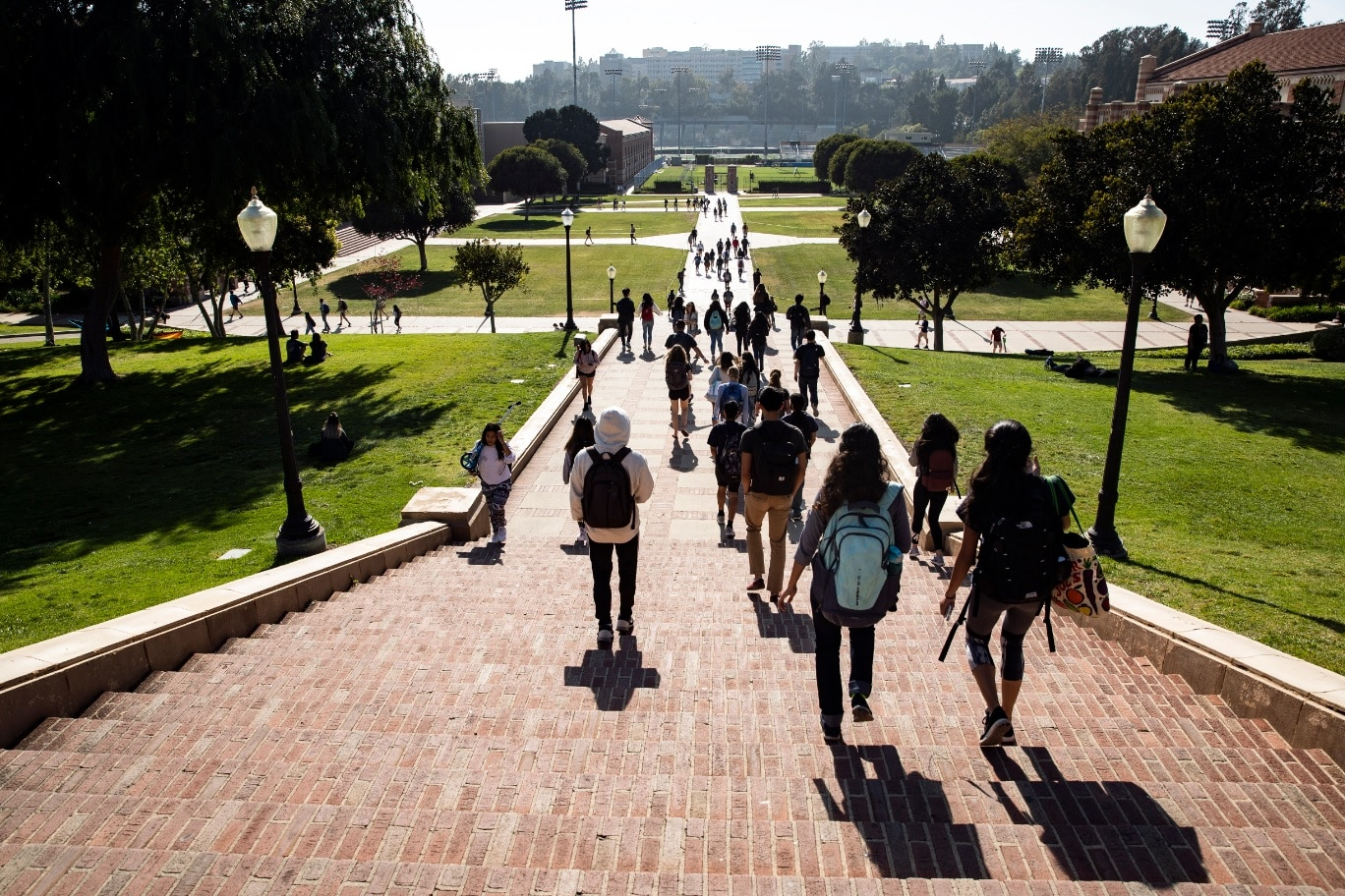Students go on a large staircase on the campus of the University of California, Los Angeles (UCLA) in Los Angeles, California, USA, on April 25, 2018.