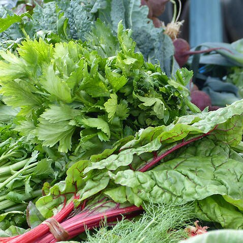 Leafy greens are a great source of folate and fibre.