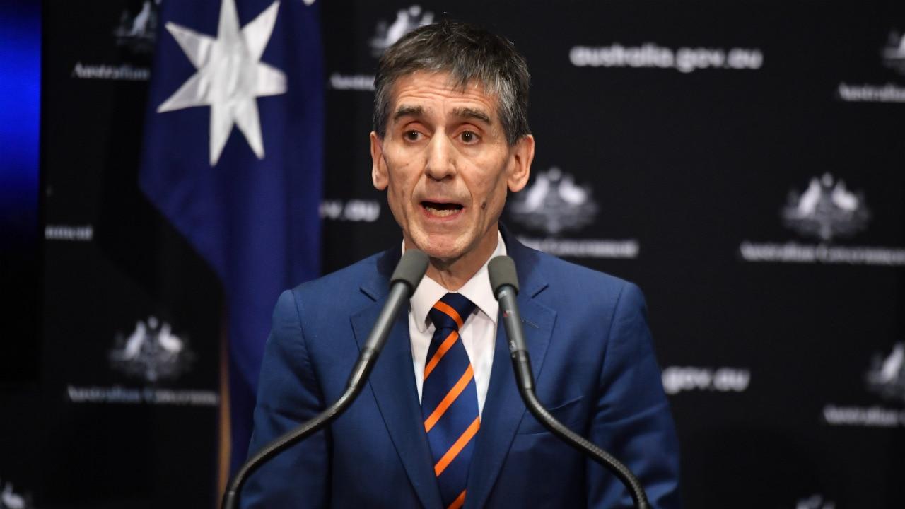 オーストラリア医師会会長のトニーバートン博士は、抗議者が2週間自己隔離することを望んでいます。